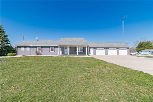 Photo of 776 W County Rd 57, Bellefontaine, OH 43311 (MLS # 1002098)