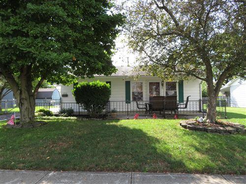 Photo of 433 Gruen Drive, Springfield, OH 45505 (MLS # 1005149)