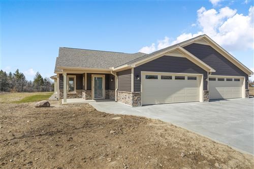Photo of 120 Willows End, Bellefontaine, OH 43311 (MLS # 1013353)