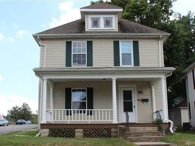 Photo of 303 W McCreight Avenue, Springfield, OH 45504 (MLS # 1012388)