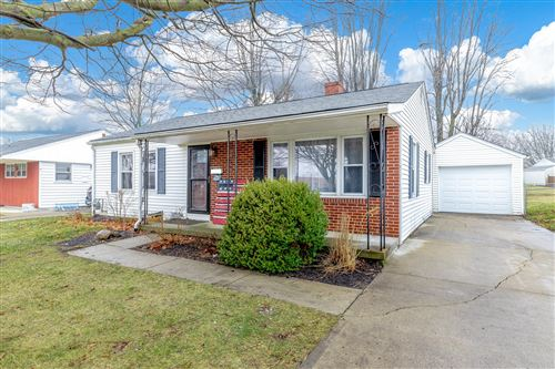 Photo of 412 E Lake Avenue, Bellefontaine, OH 43311 (MLS # 1001407)