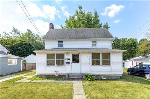 Photo of 417 Mosgrove Street, Urbana, OH 43078 (MLS # 1004432)
