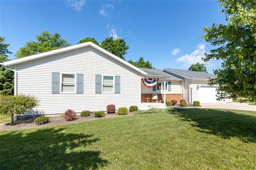 Photo of 517 Willow Drive, Bellefontaine, OH 43311 (MLS # 1003504)