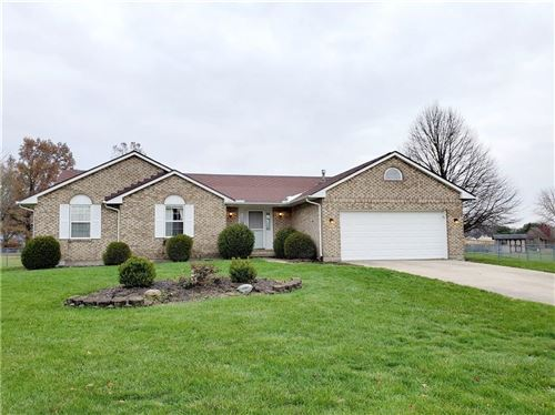 Photo of 4847 Jenny Court, Springfield, OH 45504 (MLS # 432585)