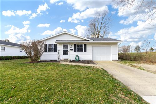 Photo of 814 N Oakland Street, Urbana, OH 43078 (MLS # 1007666)