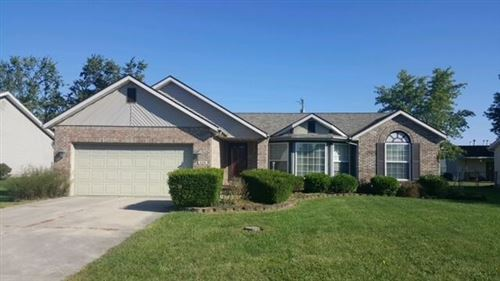 Photo of 224 Ironwood Drive, Sidney, OH 45365 (MLS # 1013672)