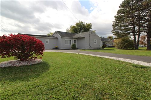 Photo of 505 W Bluelick Road, Lima, OH 45801 (MLS # 1006760)