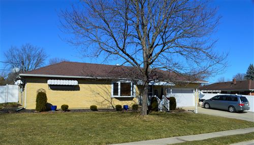 Photo of 2672 Home Orchard Drive, Springfield, OH 45503 (MLS # 1008835)