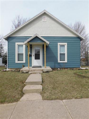 Photo of 1027 Lafayette Avenue, Springfield, OH 45505 (MLS # 1008878)