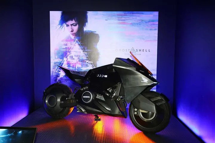 Osaka motorcycle show reveals show-stopping customs & concepts