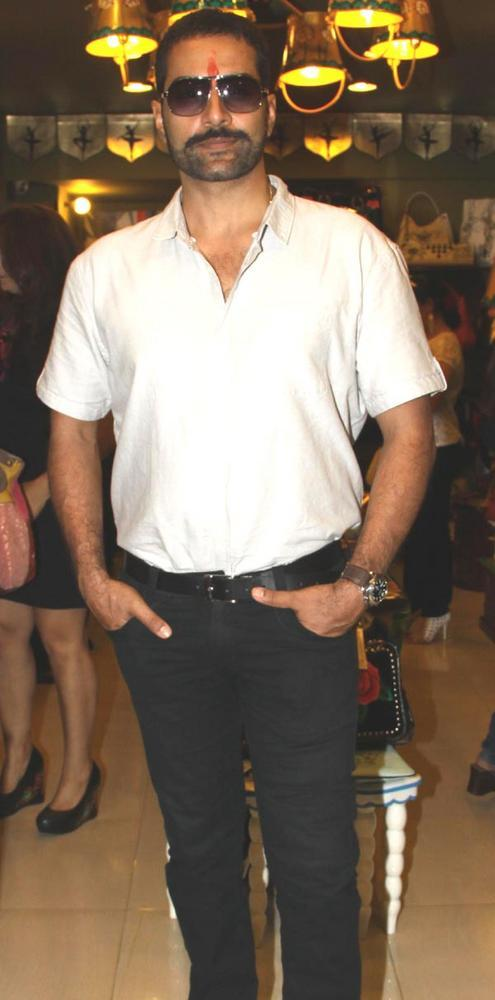 Sudhanshu Pandey Looks Rugged With His Moustache and Glares at Fluke Store
