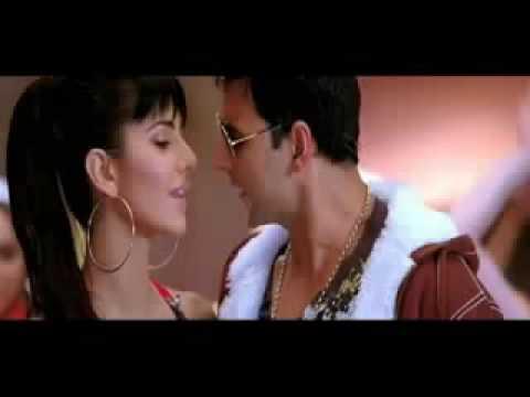 Katrina and Akki Paisa Paisa Song Still