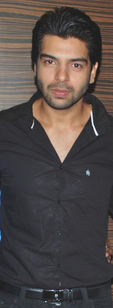 Vipul Roy Spotted at Los Angeles Movie Awards 2012 In Mumbai