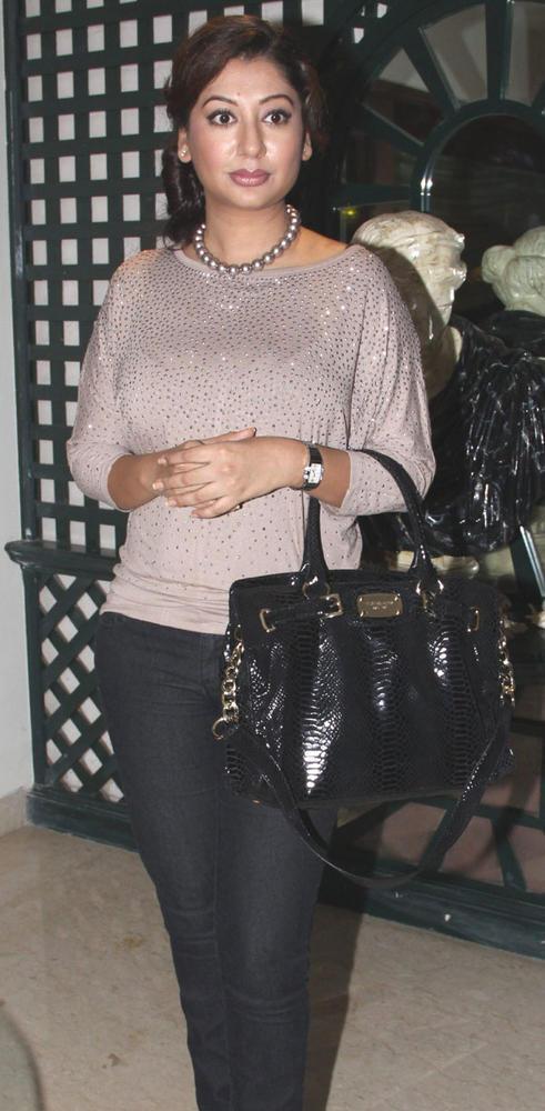 Ramona Narang at Mika Singh Birthday Bash