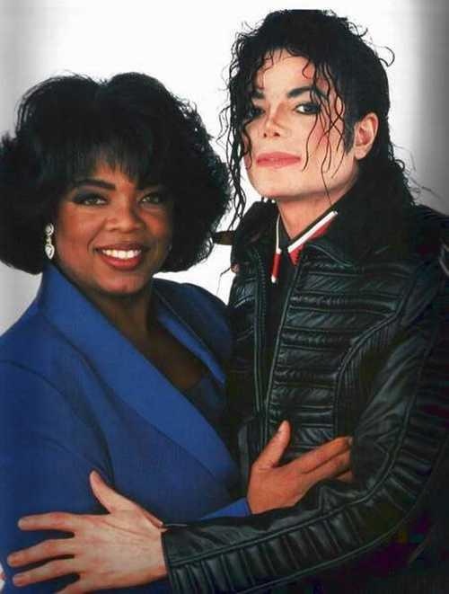 Oprah Winfrey Poses With Michael Jackson