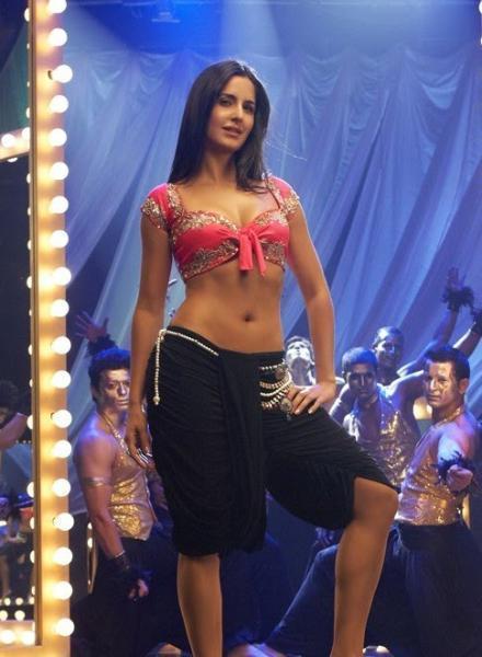 Katrina Kaif Sheela Ki Jawani Song Sexy Pic
