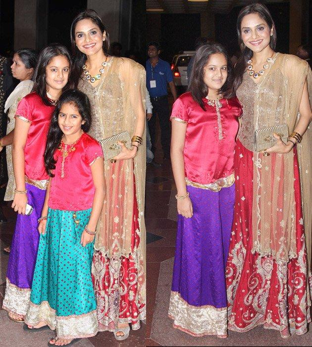 Yesteryears Actress Madhoo with her Daughters