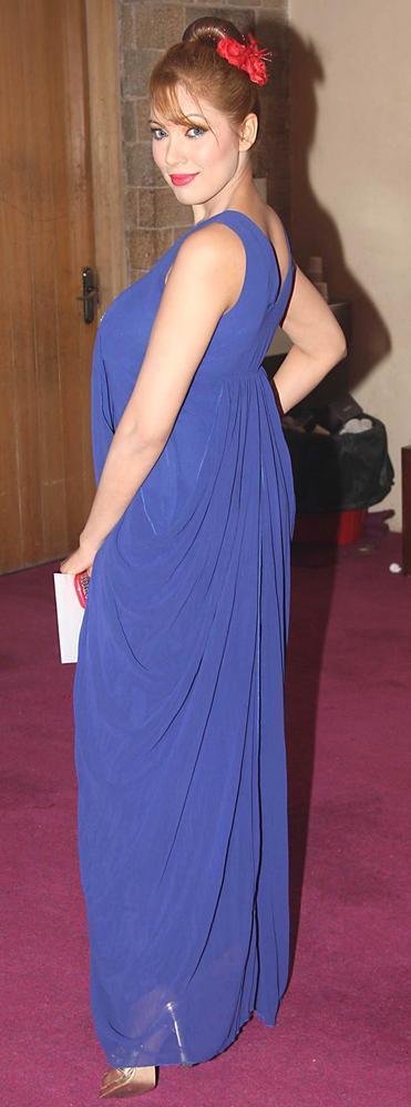 Moonmoon Dutta Sexy Pose at SAB Ke Anokhe Awards 2012