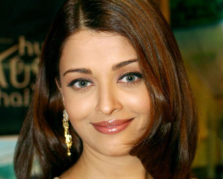 Aishwarya Rai Sweet Gorgeous Face Still