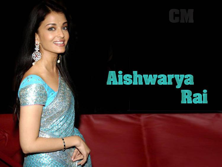 Aishwarya Rai Teal Color Saree Gorgeous Pic