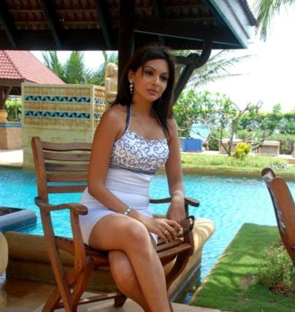 Mrinalini Sharma Sitting Pose Nice Pic