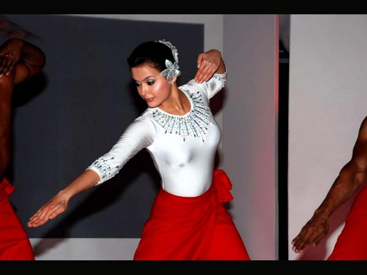 Hot Model Isha Sharvani Pic