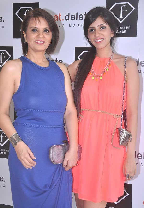 Neeta And Nishka At F Lounge and Diner Bar For Launching Pooja Book Eat.Delete