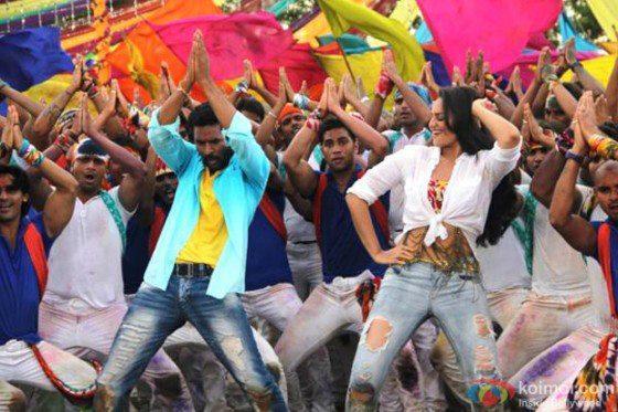 Sonakshi and Prabhu Dance Still in Go Govinda Song in OMG