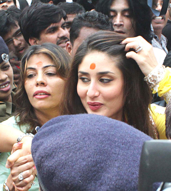 Kareena Kapoor at Heroine Music Launch at Siddhi Vinayak Temple