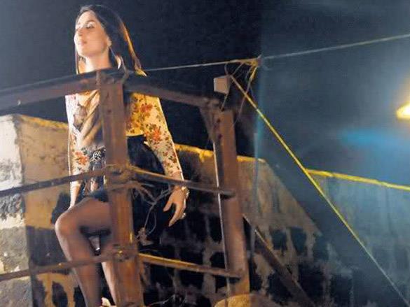 Kareena Kapoor On Location Of Upcoming Movie Talaash