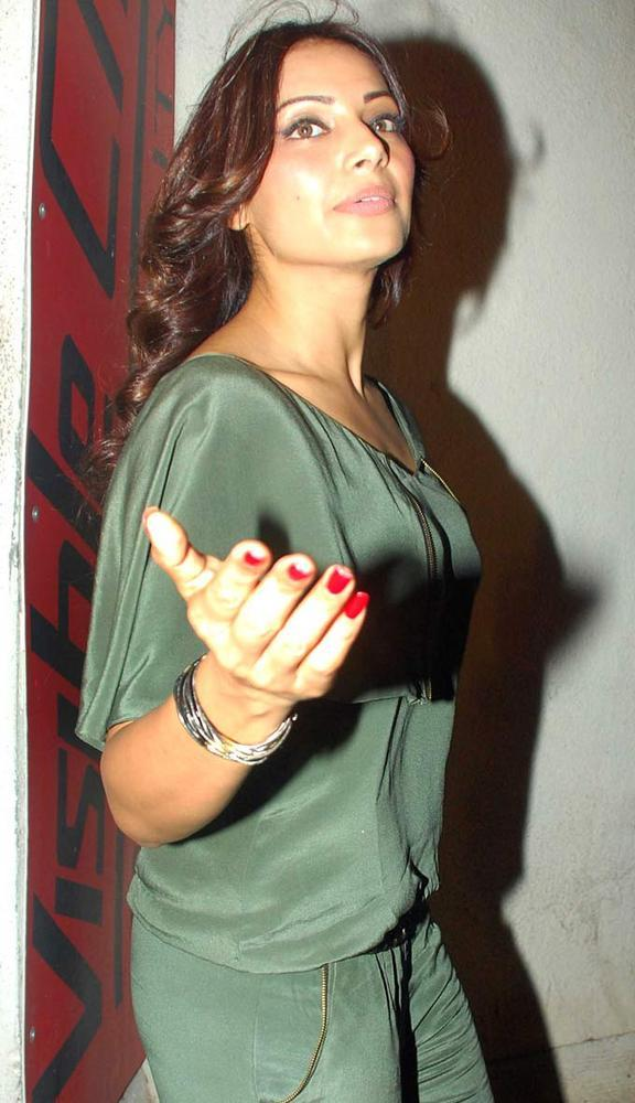 Lead Actress Bipasha Basu At The Screening Of Raaz 3