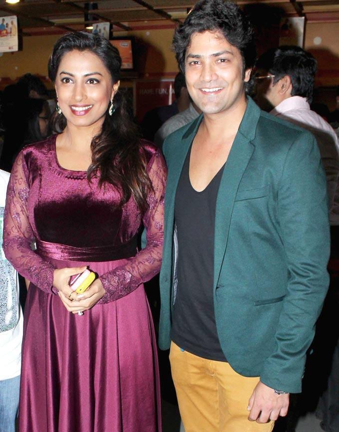 Kranti Redkar and Aniket Vishwasrao During No Entry Pudhe Dhokha Aahe Premiere