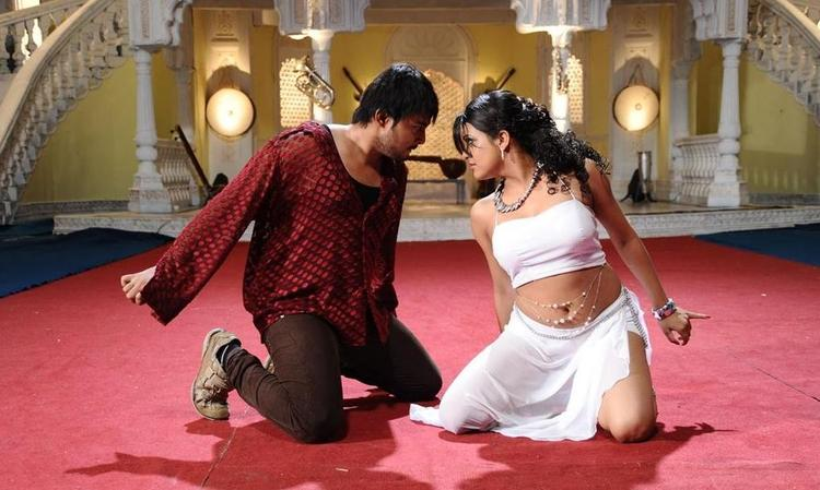 Tashu and Tanish Exclusive Pic From The Movie Abbai