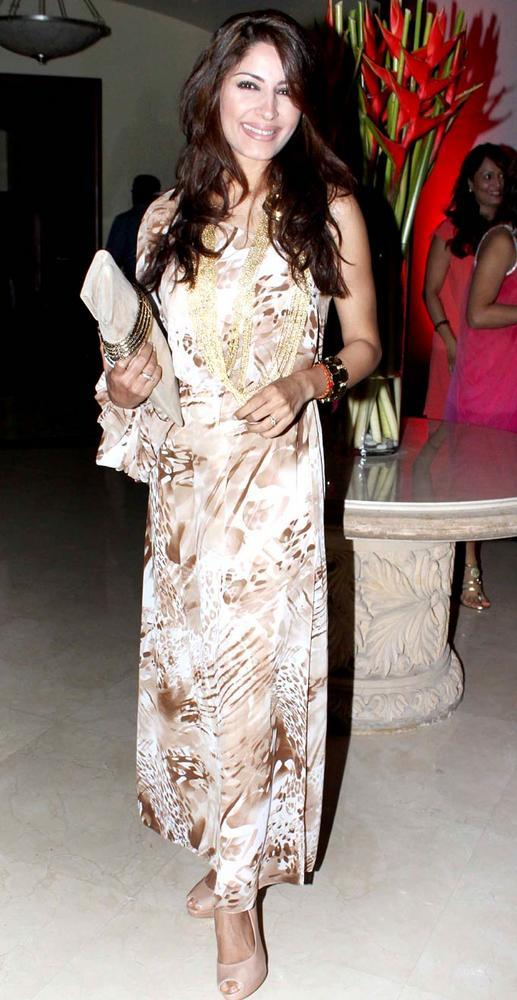 A Guest At Shashi And Anu Ranjans 25th Anniversary Bash