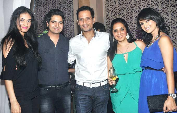Karishma,Karan,Manmeet,Munisha And Nisha At Yeh Rishta Kya Kehlata Hai Succses Bash