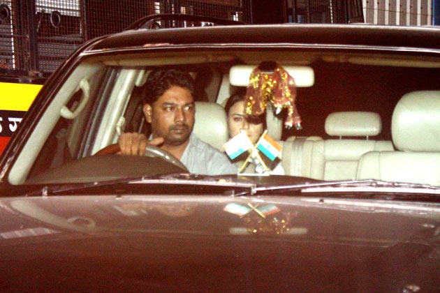 Preity Zinta Arrives for Yash Chopra Funeral