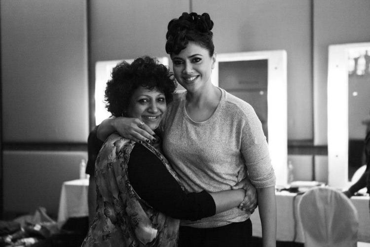 Ambika And Sameera Hug Still At BPFT 2012