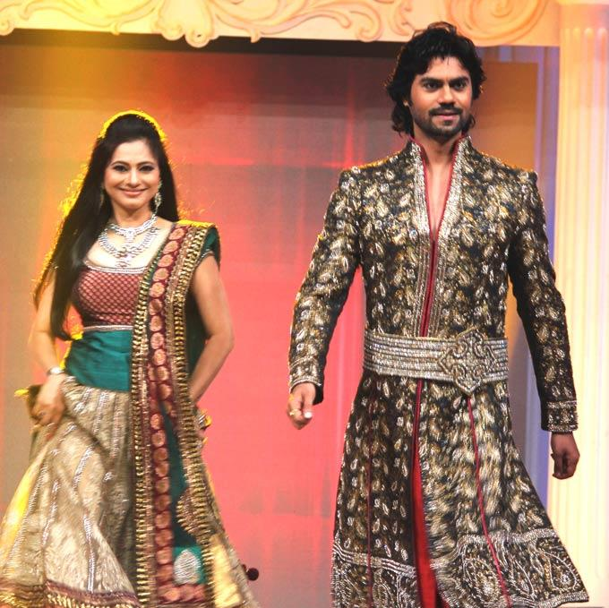 Tasneem And Gaurav On Ramp Walk At Gitanjali ITA Fashion Show