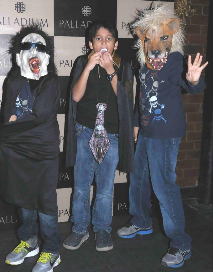 Bacha Party Dressed Up As Witches And Ghosts To Get Other Spooked