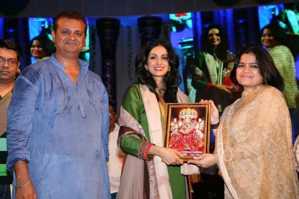 Sridevi At The Mulund Mumbai Morphosis Navaratri 2012 Utsav