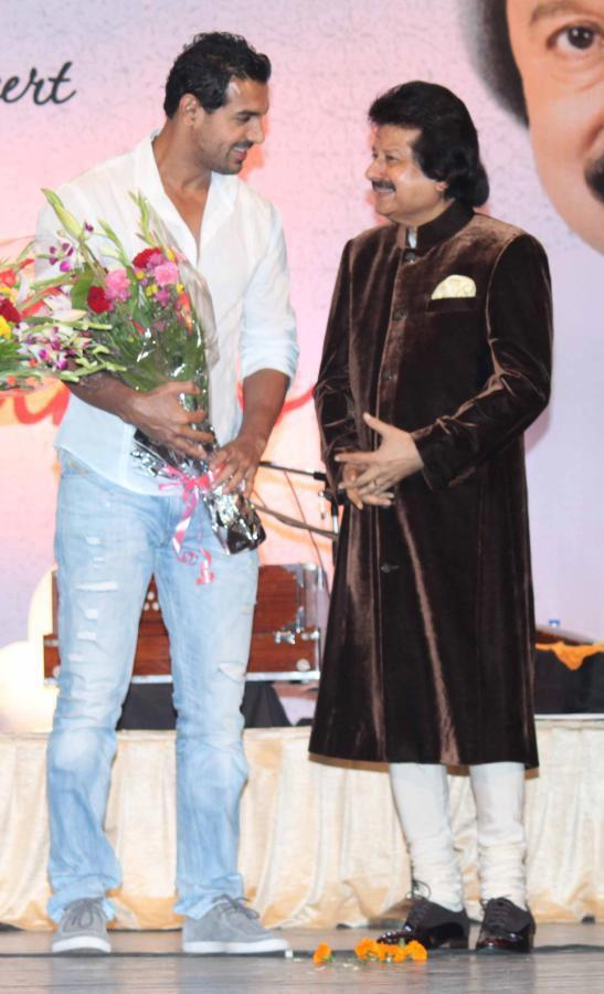John And Pankaj During The Launching Event Of Pankaj Udhas Album Dastkhat