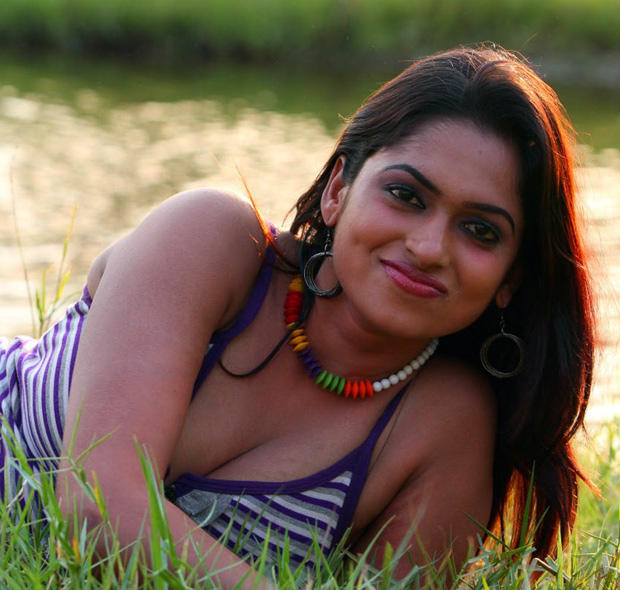 Sarathi Smiling Face Look Still From Soundarya Tamil Movie