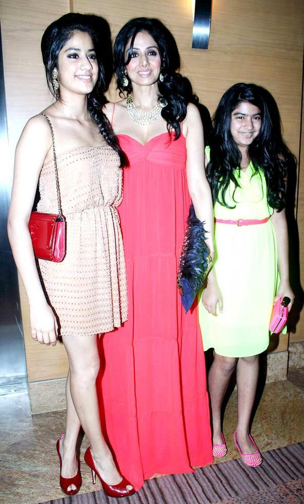 Sridevi With Her Daughters Posed For Camera At BPFW