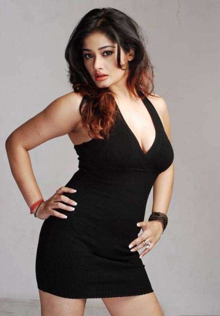Kiran Rathod Hot Look In Black Dress Still