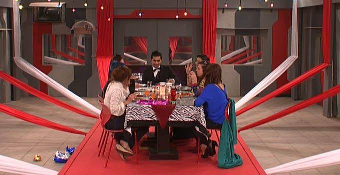 Contestant Are Discussing Still On Bigg Boss 6