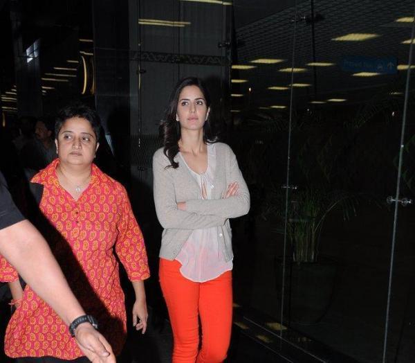 Katrina Glamorous Look Still At Mumbai International Airport
