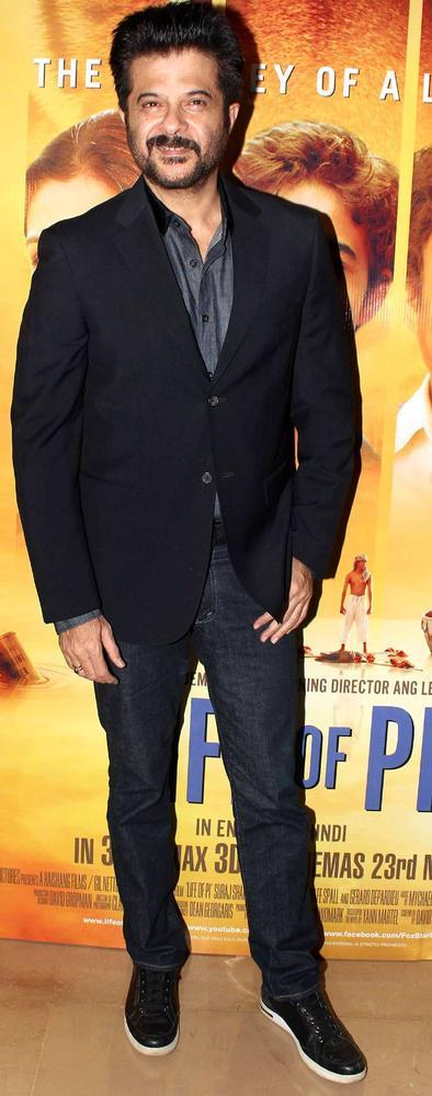 Anil Kapoor Posed During At The Premiere Of Life Of Pi