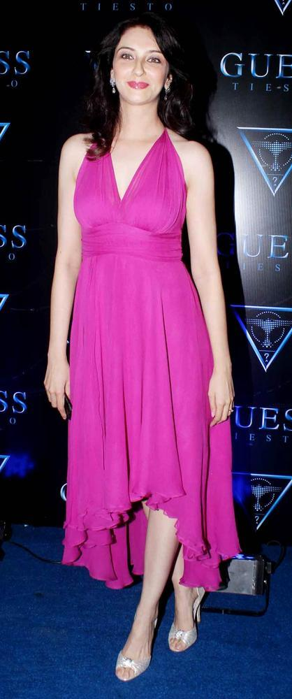 Saumya Looked Ravishing In A Pink Gown At A Cloth Collection Launch Event