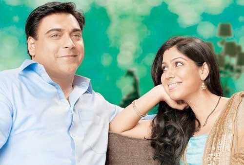Sakshi Tanwar And Ram Kapoor Nice Expression Still From Bade Achhe Lagte Hain