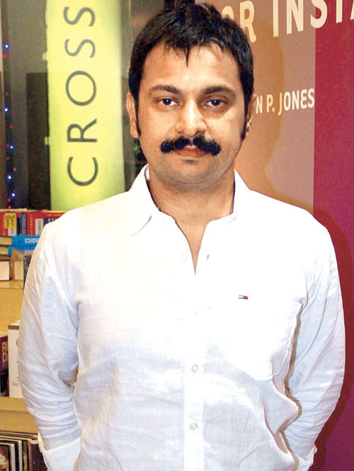 Additional Commissioner Of Mumbai Police Brijesh Singh Snapped At The Launch Of Vinod Nair's Book